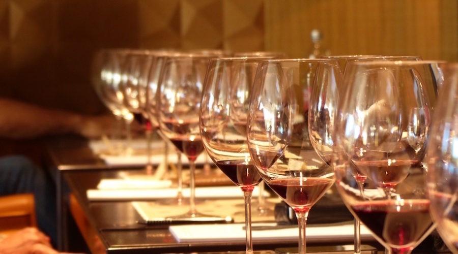 Je li sustav ocjenjivanja vina teško kompromitiran ili su sva vina na svijetu postala fenomenalna?